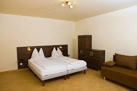 El Dorado Bedroom Furniture Bedroom Design Wonderful White Leather Bed El Dorado Futon