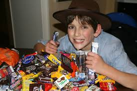 trick or treat gluten free halloween candy list and some tips too