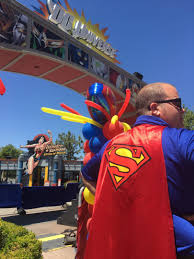 Superman Ride Six Flags Micechat News Six Flags Magic Mountain Superman Lands At Six