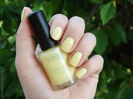 review kiko quick dry nail lacquer 853 pearly light yellow