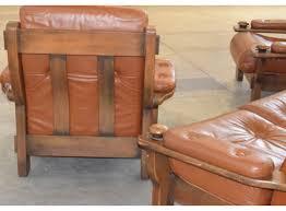canape cuir rustique salon rustique trois pièces canapé fauteuils cuir marron