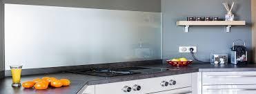crédences de cuisine en verre laqué sur mesures crédence de cuisine en verre sur mesure