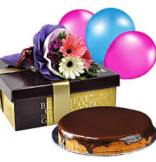 deliver birthday cake and balloons cake delivery malaysia free delivery in kl klang valley florygift