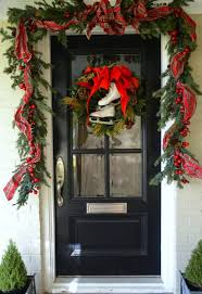 Christmas Window And Door Decorations by Stunning Christmas Front Door Decor Ideas Christmas Pinterest