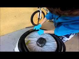 changer une chambre à air vtt tuto comment changer une chambre à air de vélos