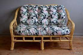 canapé sixties banquette arlette l atelier lurette rénovation de meubles