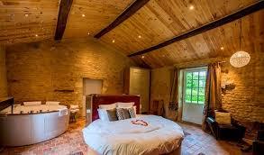 chambre avec lit rond suite luxe avec lit rond waterbed et balnéo rond 2 places