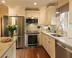 Ideas For Remodeling A Kitchen Best 25 Popular Kitchen Colors Ideas On Pinterest Classic