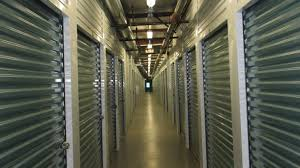 hallways hallways are well lighted fontana self storage fontana ca 92336