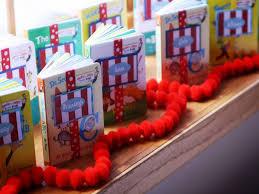 dr seuss birthday party supplies dr seuss birthday party decorations noel homes dr seuss