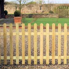 picket fence panel 1 8m w x 1 2m h