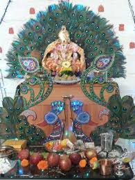 Home Temple Decoration Ideas 7 Ganpati Decoration Ideas At Home With Theme 2b Magazine