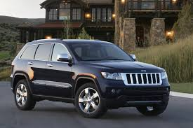jeep grand cherokee limousine jeep releases new photos and video of 2011 grand cherokee photos