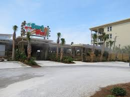 surf hut beach side dining destin fl dining in destin