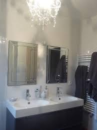 Miroir Pivotant Salle De Bain by Indogate Com Cuisine Blanc Et Violet