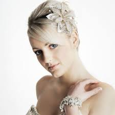bridal hairstyles medium length how to get those wedding hairstyles for shoulder length hair bang