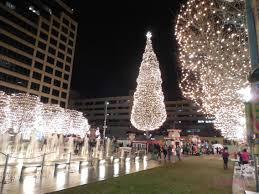 zona rosa tree lighting crown center christmas hunting fountains in kansas city