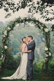 wedding backdrop arch 5 diy wedding ceremony backdrop ideas that wow