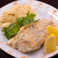 cuisiner dos de cabillaud poele recette cabillaud poêlé au céleri et pommes de terre