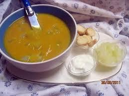 cuisiner un patisson blanc recette de soupe de potiron aux cubes de pâtisson blanc