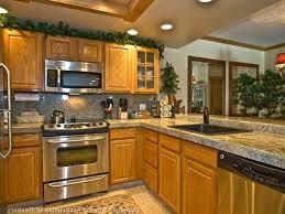 what color backsplash goes with honey oak cabinets backsplash with honey oak cabinets page 4 line 17qq