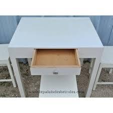 table cuisine vintage table de cuisine vintage en bois blanc 3 tabourets le palais des