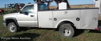 2004 chevrolet silverado 3500 utility truck item ag9318