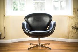 Swan Chair Leather Black Leather Swan Chair After Arne Jacobsen Mrs Fox