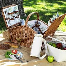 picnic basket set for 4 at ascot huntsman style willow picnic basket with service
