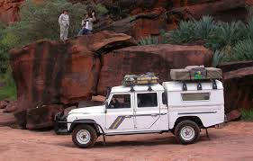 land rover daktari outback and beyond join team maxing out in their adventures as