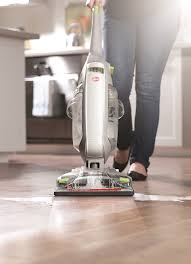 amazon com hoover hardwood floor cleaner floormate deluxe corded