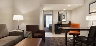 Comfort Suites Jacksonville Florida All Suite Embassy Suites Jacksonville Baymeadows Hotel