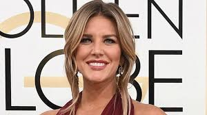 new haircut charissa thompson fox sports absolutely wants to keep charissa thompson from