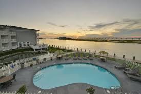 Comfort Suites Comfort Suites Hotel Comfort Suites Chincoteague Va Booking Com