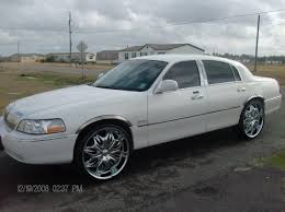 Lincoln Town Car Pictures Youngboss747 2003 Lincoln Town Car Specs Photos Modification