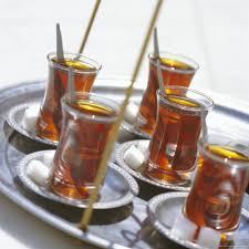 Teh Arab kebiasaan orang arab pagi siang sore malam hobi minum teh