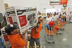 shopper de home depot puerto rico black friday hurricane irene path 2011 new yorkers empty stores of everything