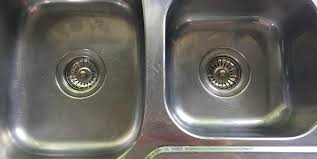 kitchen sink kitchen faucet leaking from spout plumbers putty