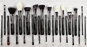 221 luxe soft crease 230 luxe pencil 231 luxe pencil crease 223 pe eye blender 226 smudger 234 luxe smoky shader 233 cream shader 322 brow line