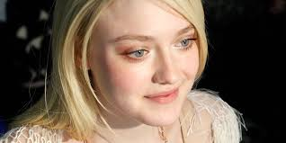 dakota fanning 4 wallpapers here u0027s that photo of dakota fanning and britney spears you always