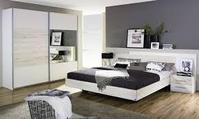chambre gris et taupe chambre gris taupe awesome chambre mansardee grise on decoration d