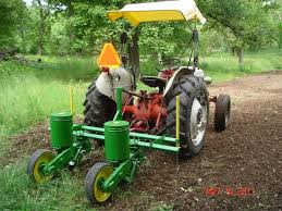 John Deere 7200 Planter by Corn Bean Planter