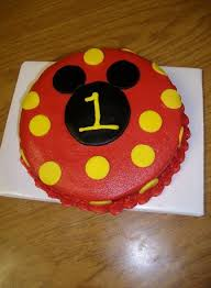 the 25 best mickey smash cakes ideas on pinterest mickey mouse