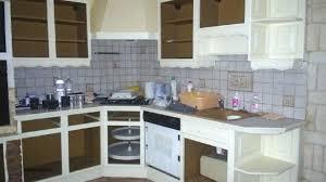repeindre cuisine en bois repeindre une cuisine en bois repeindre meuble cuisine bois vernis
