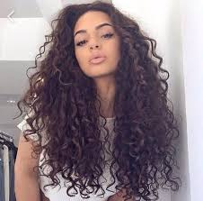 getting hair curled and color best 25 dark curly hair ideas on pinterest layered curls short