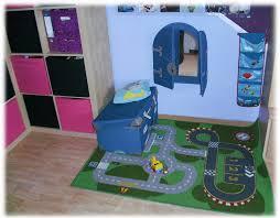 Beamer Im Wohnzimmer Spielecke Im Kleinen Wohnzimmer Seldeon Com U003d Innen Wohnzimmer