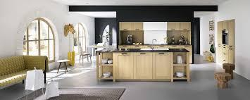 cuisine chene clair moderne impressionnant cuisine en chene moderne et cuisine chene clair home