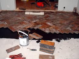 lay parquet flooring meze