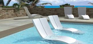 Tropitone Patio Chairs Outdoor Lounge In Pool With Padded Sunbathing Chairs Under