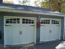 Overhead Doors Chicago by White Overhead Garage Door Garage Doors On The Old Modern Ways